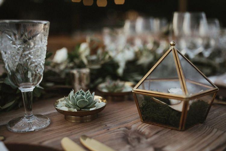 Gold and foliage wedding table decor