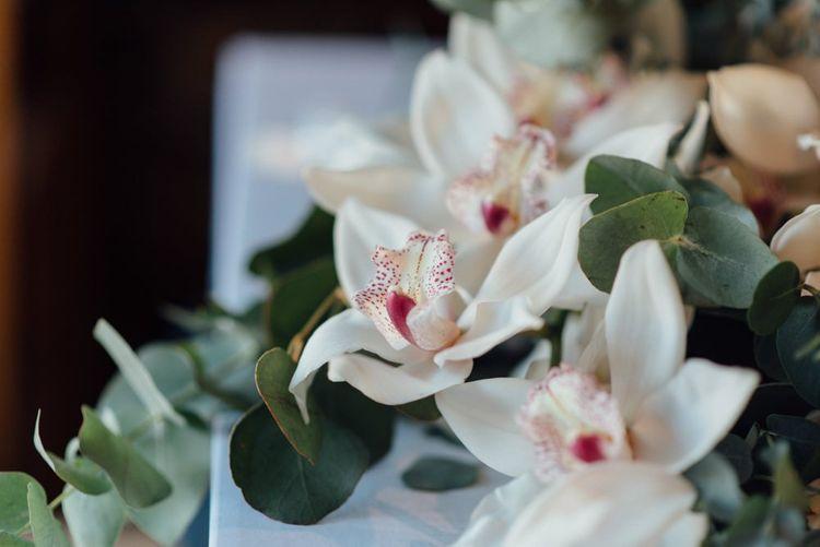Wedding flower details at relaxed outdoor autumn wedding