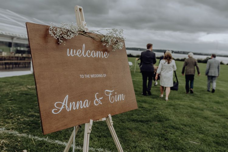 DIY Wooden Welcome Sign on Easel with White Calligraphy