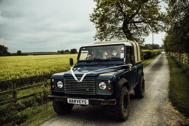 Discovery wedding transport for Oxfordshire barn wedding