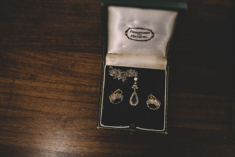 Vintage Jewellery For Bride // Image By Carrie Lavers Photography