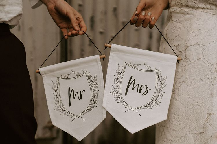 Cute Mr & Mrs Flag Banners