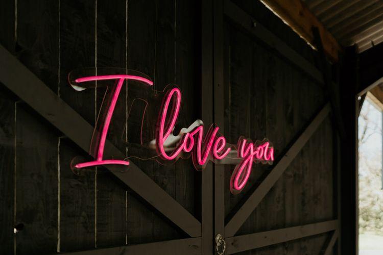 Giant Pink 'I Love You' Neon Wedding Sign