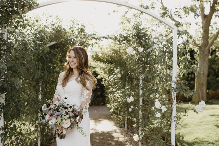 Beautiful Bride in Lace La Sposa Wedding Dress with Long Sleeves