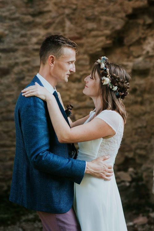 Bride wears dried flower crown