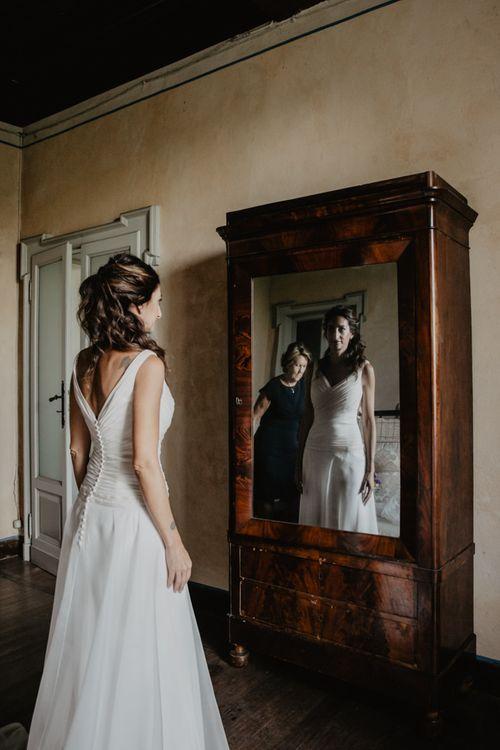 Bride wears button back wedding dress for Italian wedding