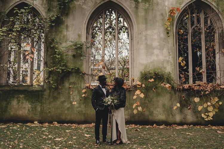 Stylish alternative London City wedding photography at St Dunstan in the East by The Chamberlins wedding photography