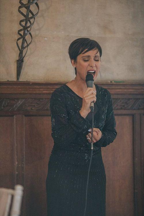 Wedding Singing Surprise from Groom to Bride