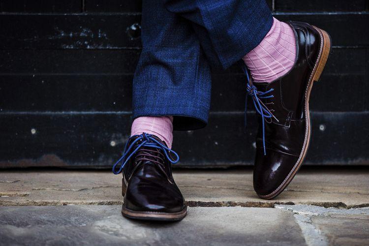 Kurt Geiger Grooms Shoes and Pink Socks