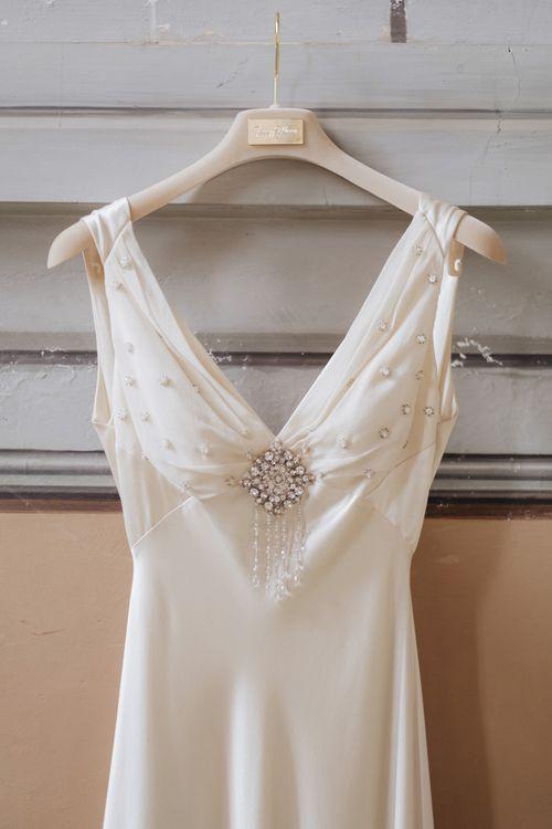 Jewel Encrusted Jenny Packham Wedding Dress | Glamorous, Roaring Twenties, Great Gatsby Inspired Wedding at Villa Borromeo  in Italy | Matrimoni all'Italiana Photography