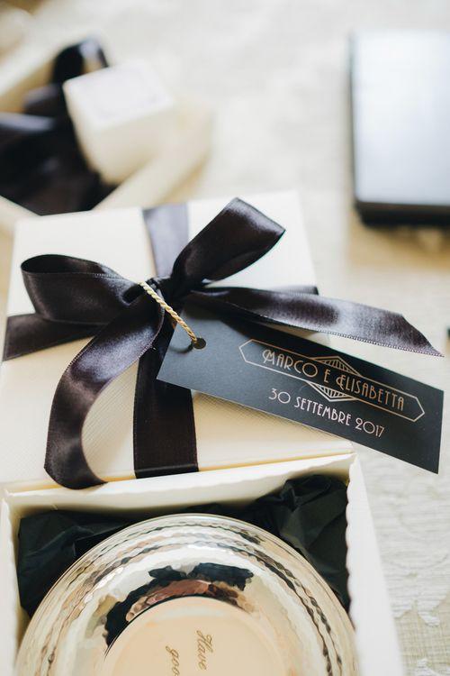 Art Decor Wedding Favour Tags | Glamorous, Roaring Twenties, Great Gatsby Inspired Wedding at Villa Borromeo  in Italy | Matrimoni all'Italiana Photography