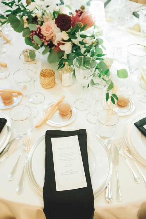 Black & Gold Place Setting | Glamorous, Roaring Twenties, Great Gatsby Inspired Wedding at Villa Borromeo  in Italy | Matrimoni all'Italiana Photography
