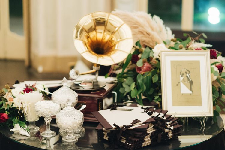 Vintage Grammer Phone Wedding Decor | Glamorous, Roaring Twenties, Great Gatsby Inspired Wedding at Villa Borromeo  in Italy | Matrimoni all'Italiana Photography