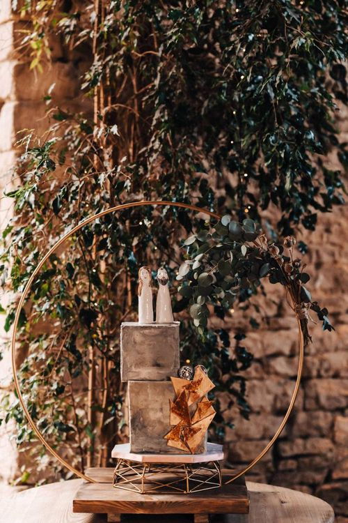 Cement style wedding cake for Cotswolds wedding