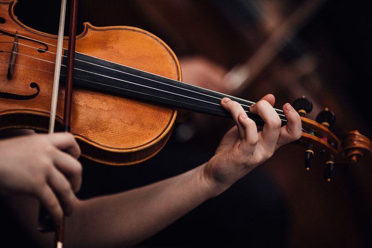 String Quartet Wedding Entertainment | Stylish Tuscan Wedding at Vignamaggio Planned by The Wedding Boutique Italy | Samuel Docker Photography | Paul Vann Films