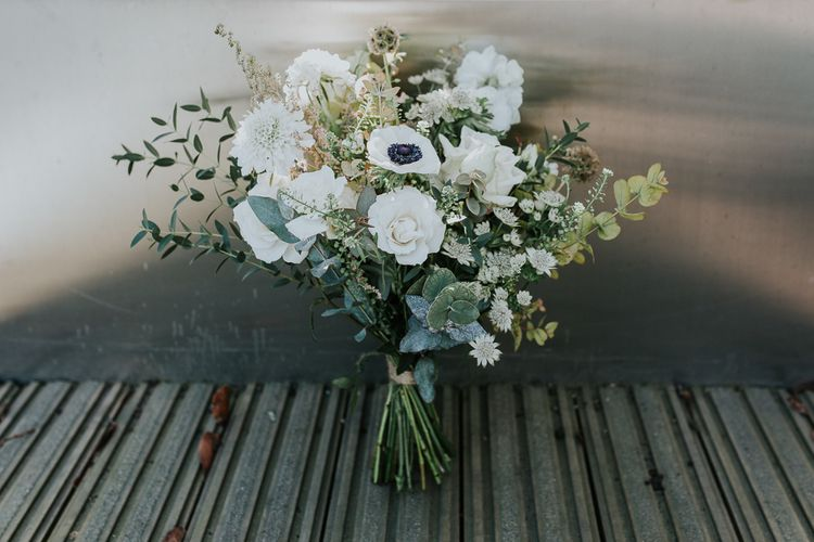 White Bouquet with Anemones | Navy & Silver Winter Wedding in London | Joasis Photography