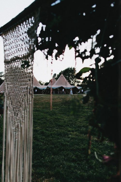 Wedding Reception In Tipi // Image By Jason Williams Photography