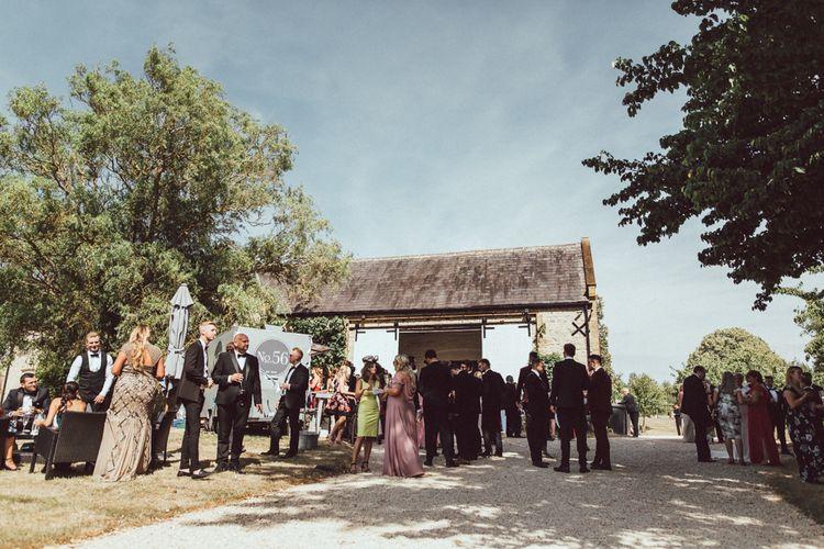 Longbourn Barn Wedding // The Vedrines Photography