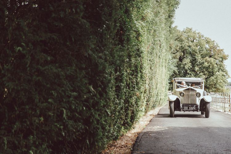 Vintage Car For Wedding // The Vedrines Photography