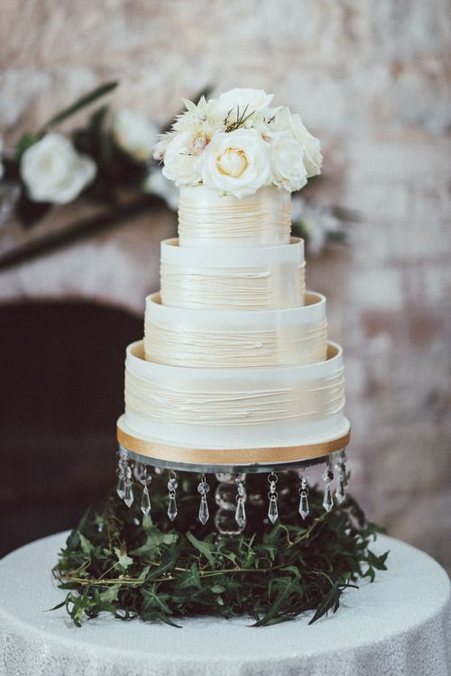 White & Gold Iced Wedding Cake // Images By The Vedrines