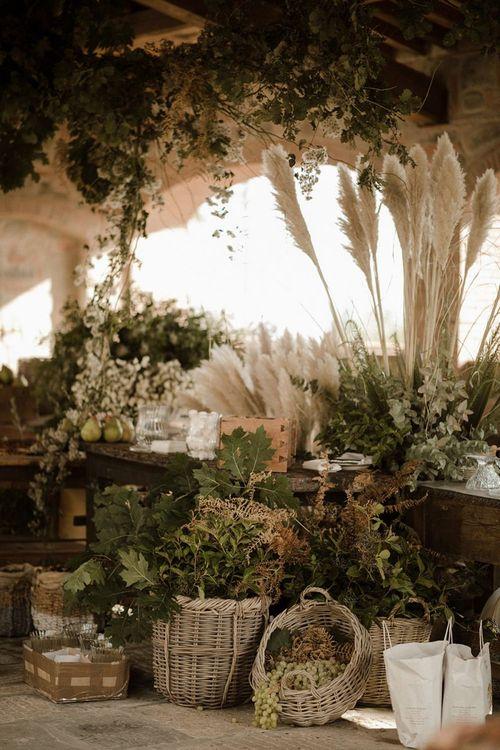 Pampas grass and natural wedding decor at Italian wedding