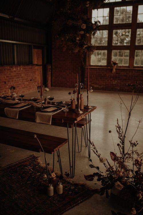 Stylish wedding table decor at the Giraffe Shed