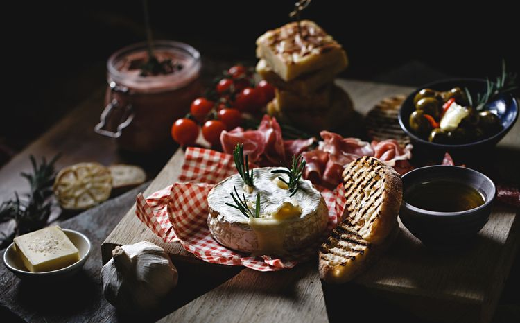 Grazing Tables | Grazing Boards | Food Platter | Wedding Catering | Baked Camembert | Kemp & Kemp