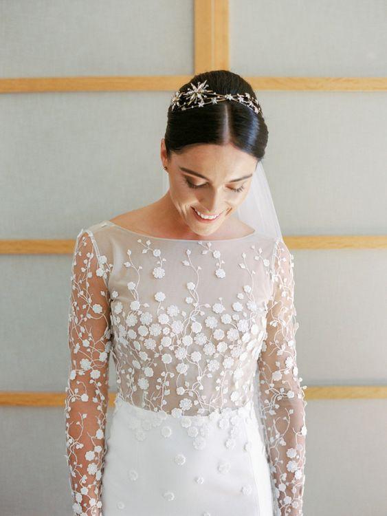 Daisy Applique Wedding Dress and Star Headband