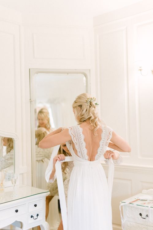 Wavy Half Up Half Down Wedding Hairstyle by Lips & Locks | Emma Pilkington Photography