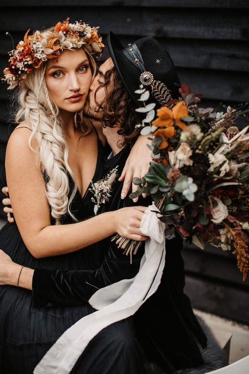 Autumn flower crown and bridal bouquet for Halloween wedding