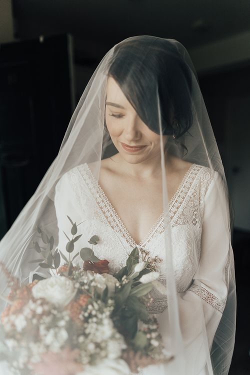 Delicate wedding veil
