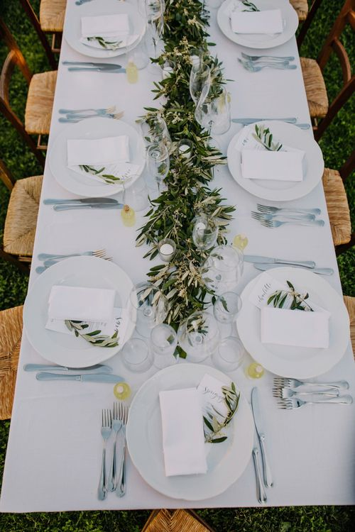 Wedding using greenery decor and bridesmaid dresses in mint green