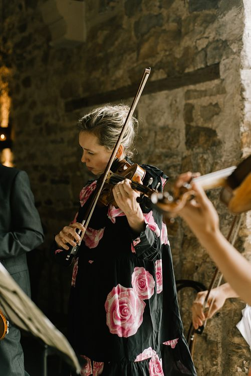 Wedding Ceremony | Violin | Live Music for Wedding | Healey Barn Countryside Wedding with Wild Flowers and Bride in Pronovias | Georgina Harrison Photography