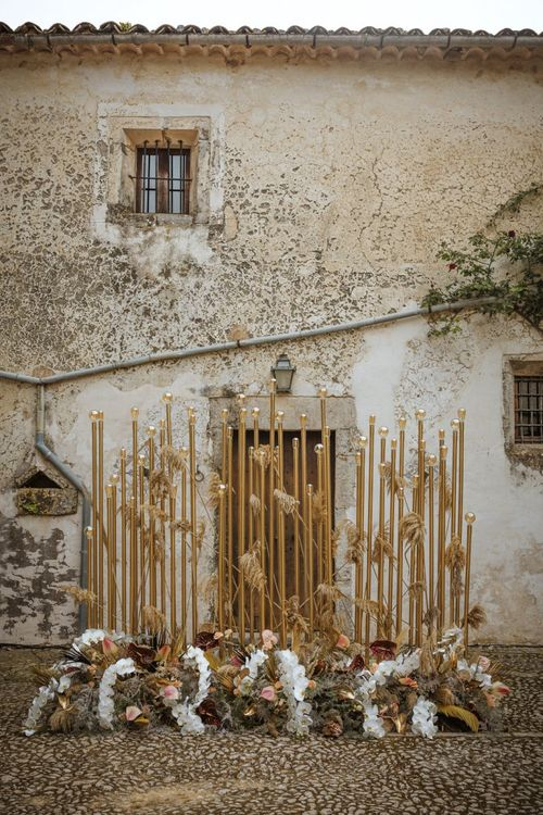 Gold Wedding Lighting Altar Decor with Boho Flowers
