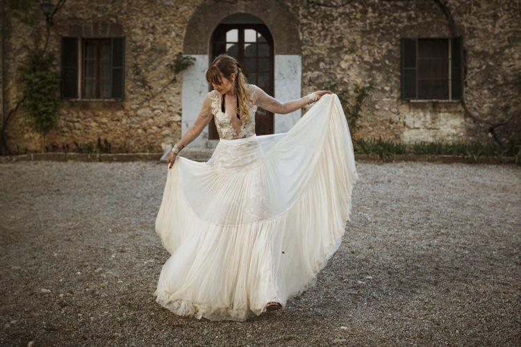 Stylish Bride in Fitted Bodice and Full Skirt