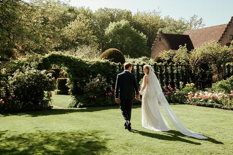 Juliet Cap Veil For A Wildflower Filled Wedding At Chenies Manor // Bride In Apache By Jenny Packham // Image By Eneka Stewart Photography