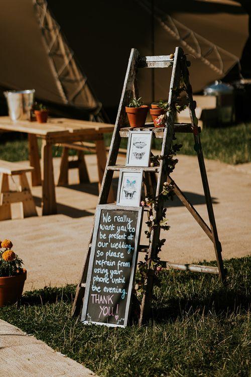 Unplugged wedding ceremony in PapaKata tipi