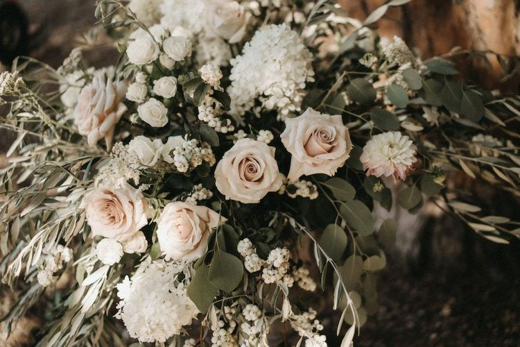 Blush wedding flowers at Villa Le Fontanelle