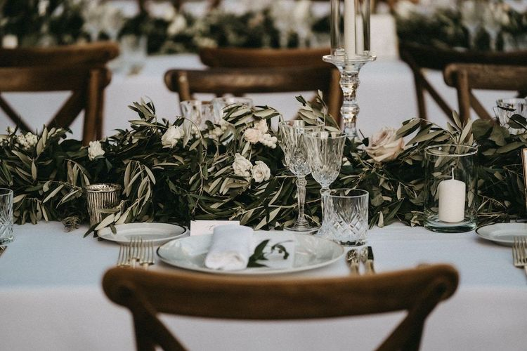 Foliage wedding table decor at Villa Le Fontanelle