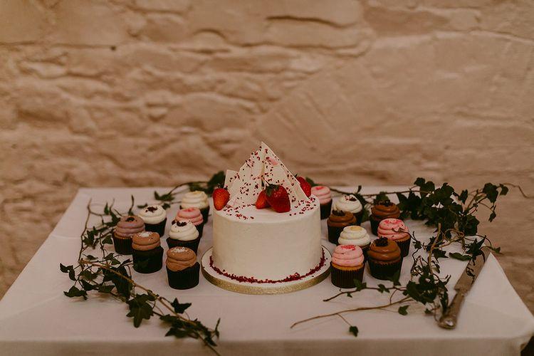 Single Tier Wedding Cake with Individual Cupcakes