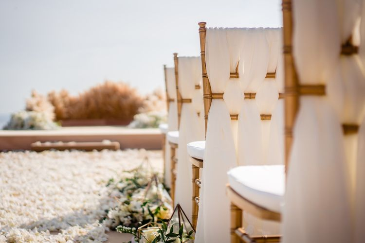 Pampas Grass Altar For A Glamorous Thailand Destination Wedding Planned By The Wedding Bliss Thailand With Images From Liam Collard Photography