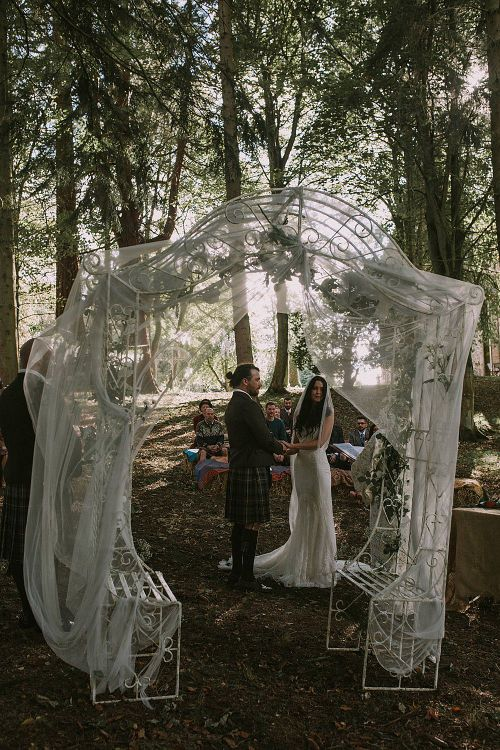 Wedding Ceremony | Altar Style | Autumnal Scottish Woodland Wedding at Fernie Castle | Maureen Du Preez Photography