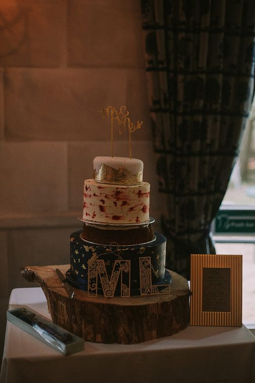 Wedding Cake | Autumnal Scottish Woodland Wedding at Fernie Castle | Maureen Du Preez Photography