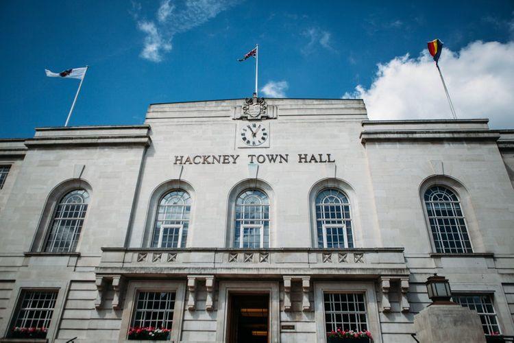 Stylish City Wedding   Hackney Town Hall Ceremony   Joanna Bongard Photography