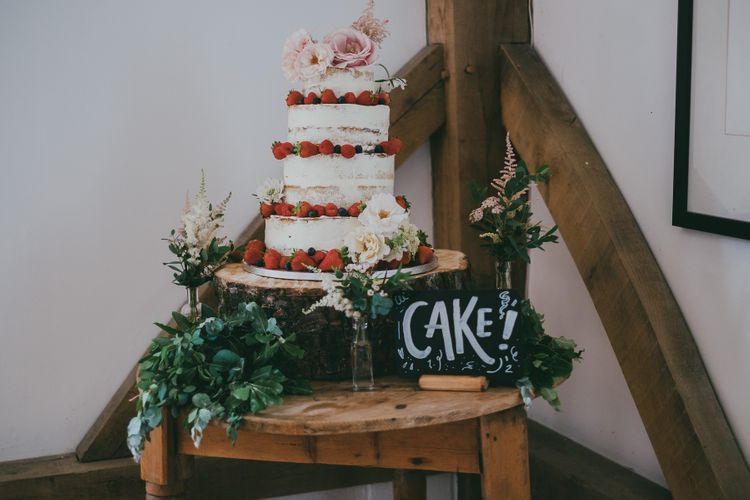 Buttercream Wedding Cake // Image By Ross Talling Photography