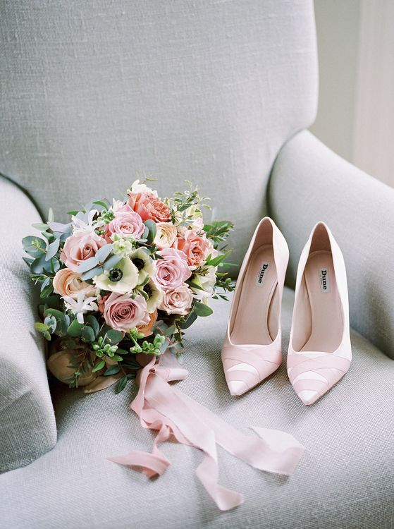 Pink Wedding Shoes // Image By Imogen Xiana