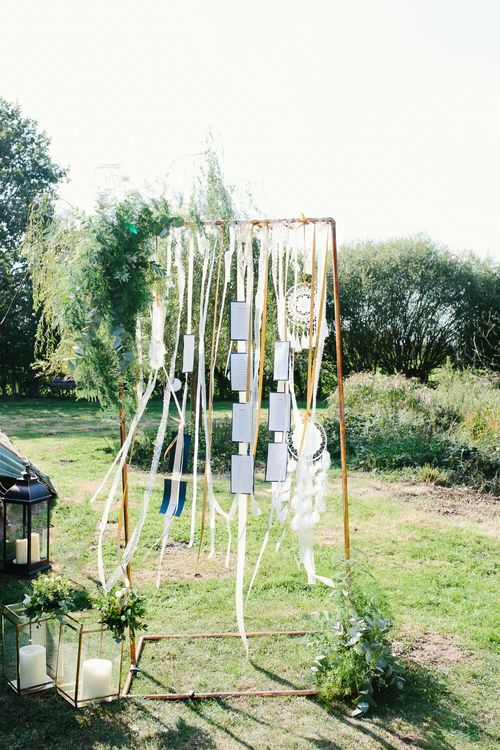Boho Table Plan For Wedding With Dream Catchers //