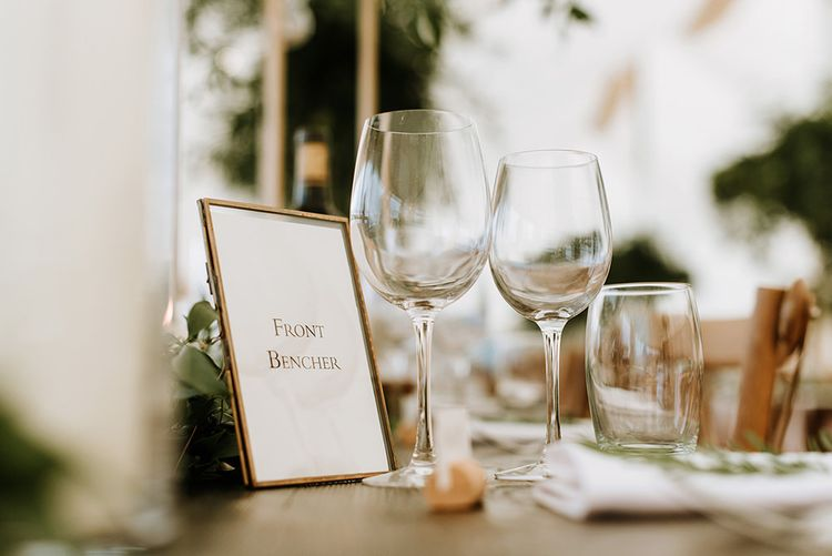 Table Names in Photo Frames