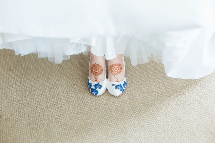 Bride wedding shoes for fusion wedding