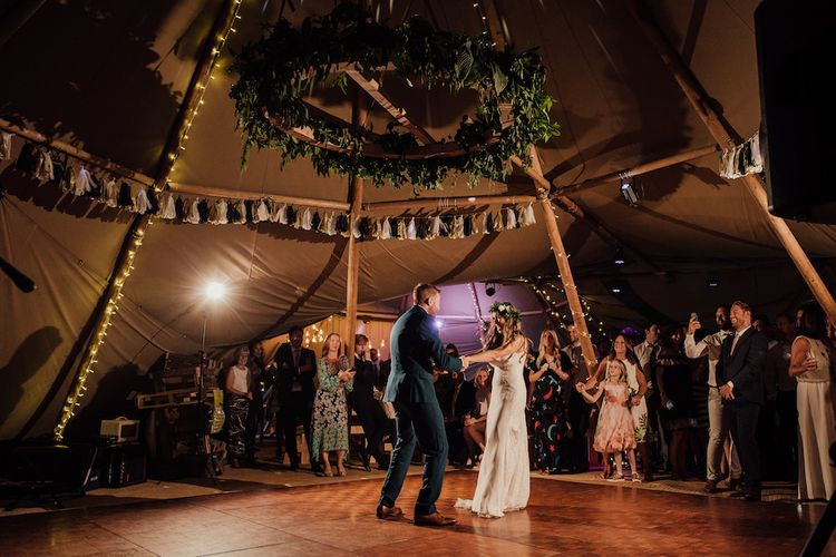 First Dance | Bride in La Sposa Gown from Mirror Mirror Bridal | Groom in Paul Smith Suit | Outdoor Wedding Ceremony & Tipi Reception Planned by Benessamy Events | Red on Blonde Photography
